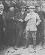 Recto: Foto vom März 1912: Beschriftet von H.O.: Mars 1912 - Luis Siret. Cuevas de Veras (Almeria). 1912. - Cabré, N., Serrano, Breuil, Siret, H.O., N. Laut Mitteilung von A. Moure Romanillo (1996) wurde das Bild am Eingang von Altamira aufgenommen. Verbleib: Archiv der Hugo Obermaier-Gesellschaft, Erlangen.